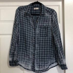 Hollister distressed button down